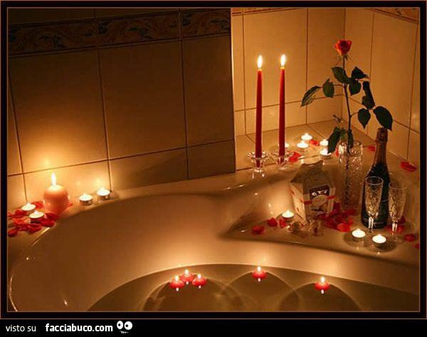Vasca Da Bagno Romantica Con Candele Facciabuco Com